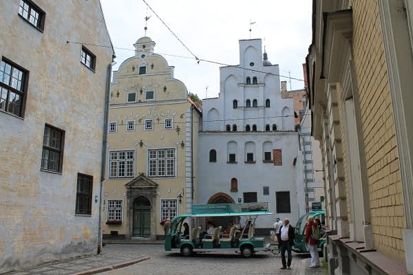 Popular sights in Riga old town